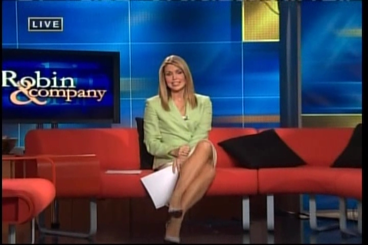 Christy Paul's Feet http://www.leggynewsbabes.com/christi-paul/